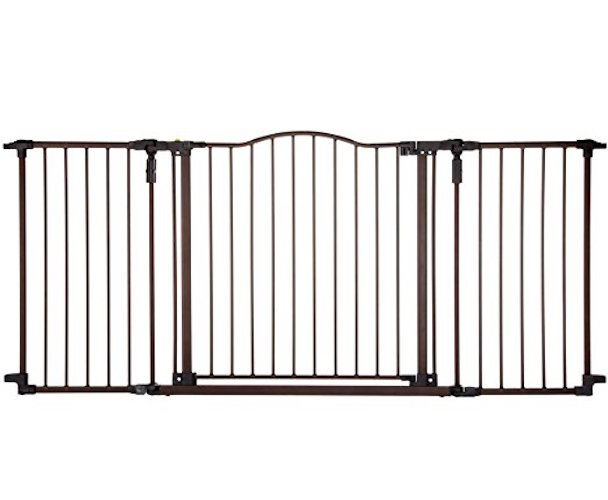 8. Supergate Deluxe Décor Gate by North States