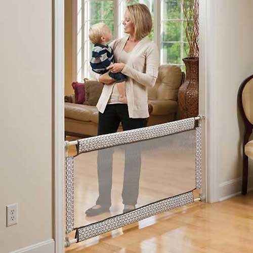 Top 10 Best Baby Gates For Stair With Banister in 2021 Reviews