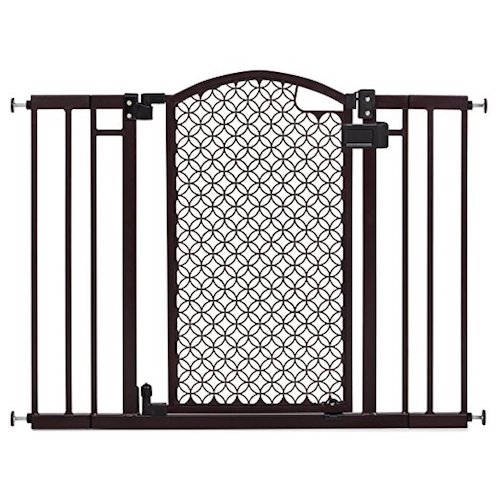 9. Summer Infant Modern Home Decorative Walk Thru Gate