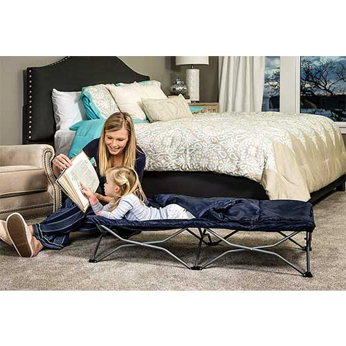 7. Regalo My Cot Deluxe Portable Toddler Bed