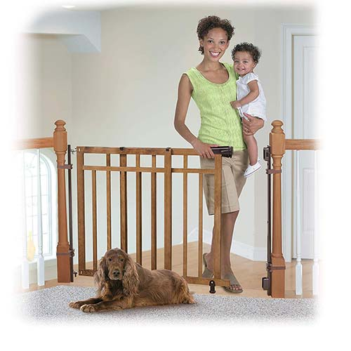 1. Summer Infant Banister and Stair Gate