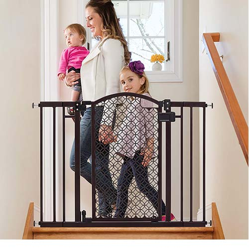 Top 10 Best Baby Gates For Top of Stairs with Banister in 2020 Reviews
