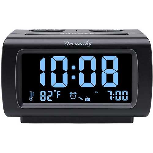 1. DreamSky Decent Alarm Clock Radio