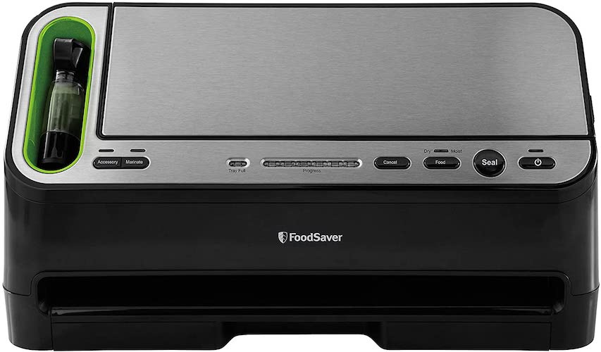 5. Foodsaver V4400 2-in-1 Vacuum Sealer Machine with Automatic Bag Detection and Starter Kit