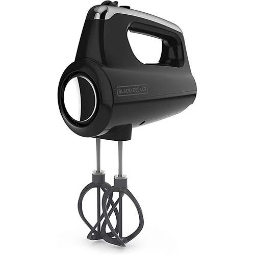 1. BLACK+DECKER MX600B Helix Performance Premium 5-Speed Hand Mixer